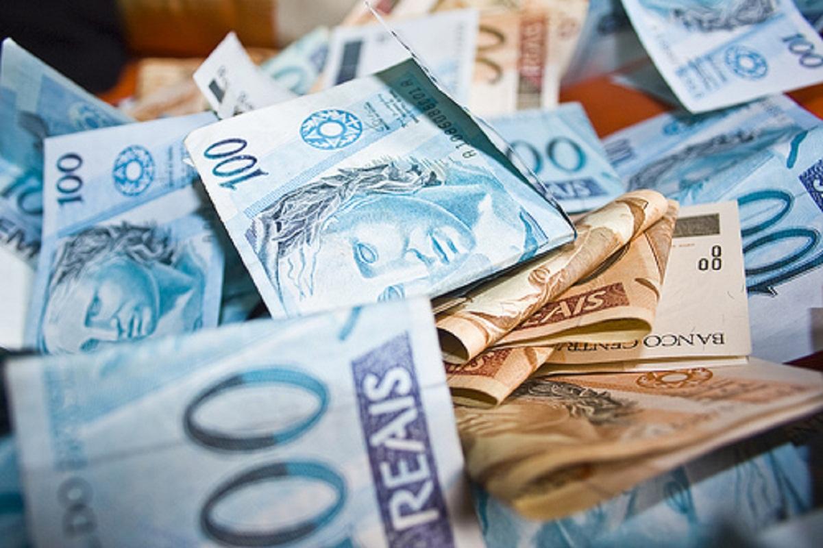 Resultado de imagem para dinheiro